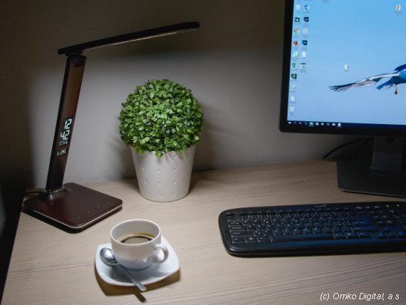LED stolní lampy Solight WO-45 imitace kůže interiér
